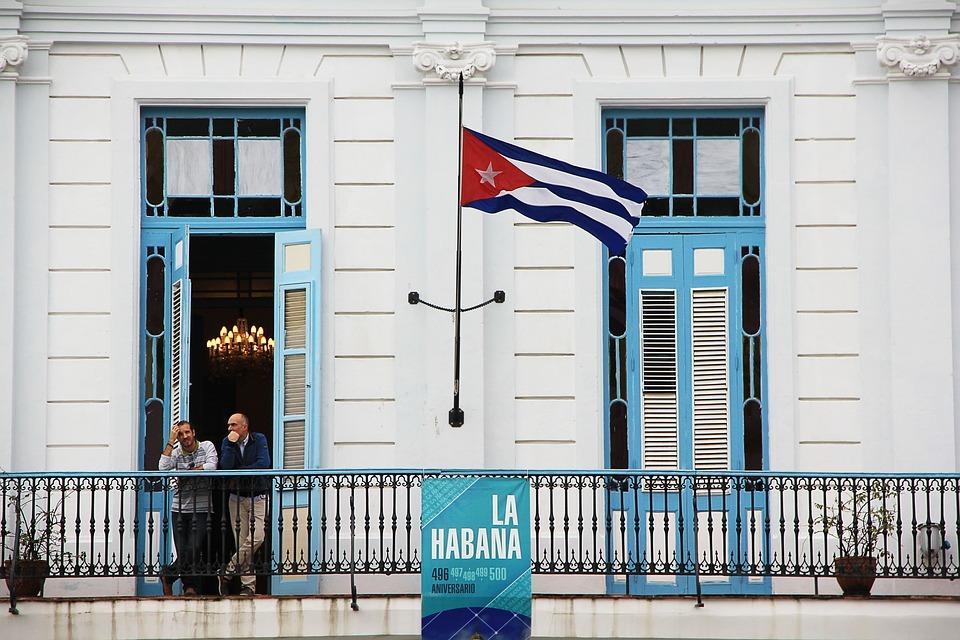 Pies Secos, Pies Mojados: ¿Qué Significa el Fin de la Política para los Cubanos?